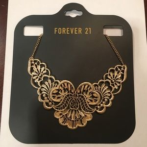 NWT Forever 21 Gold Statement Necklace